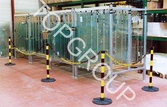 Słupki plastikowe łańcuchowe biało-czerwone i żółto-czarne – producent TopGroup