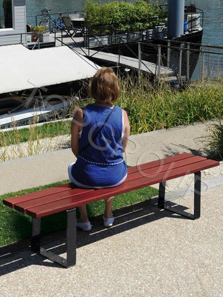 Ławka parkowa bez oparcia Riga